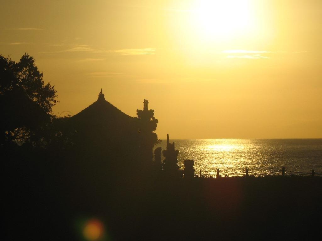 Balinese massage sunset